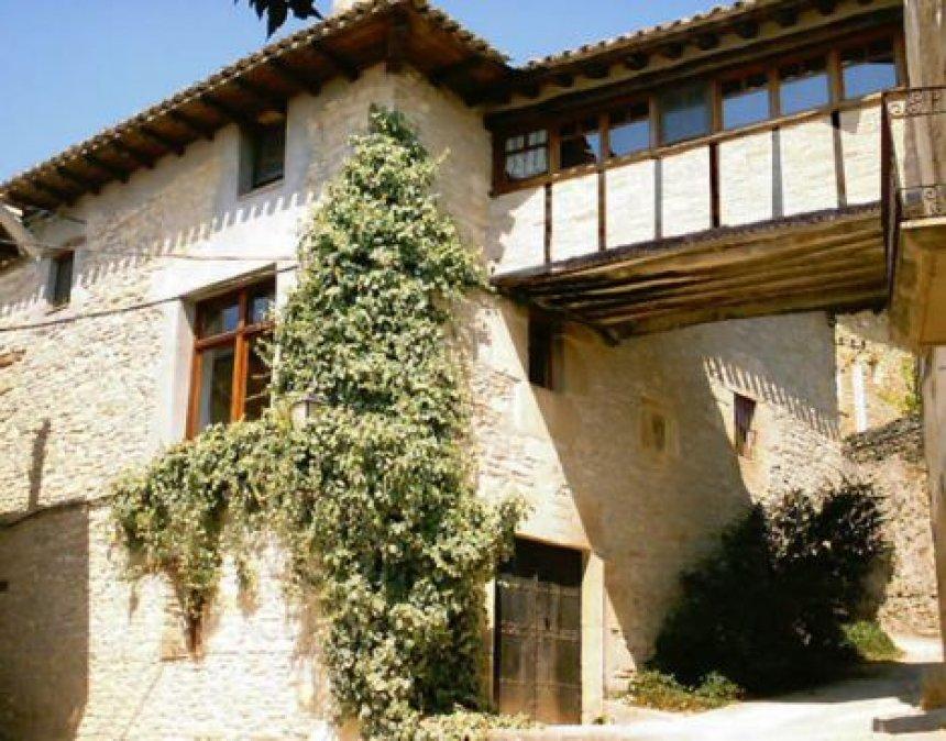 Casa Mendia Fachada