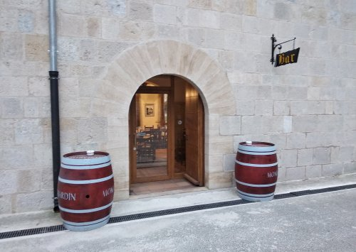 Iranzu Bar-Restaurant ( Irantzu Monastery)