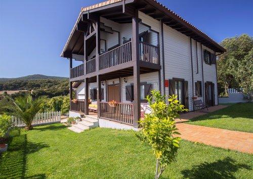 Artea house (Abarzuza)