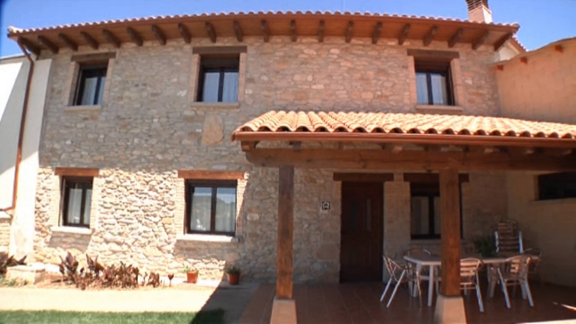 casa-rural-don-roque-dos-turismo-rural-navarra-tierrasdeiranzu.mp4